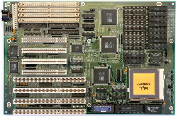 si5pi_aio_rev_1.1_socket_4_motherboard-600x396.jpg